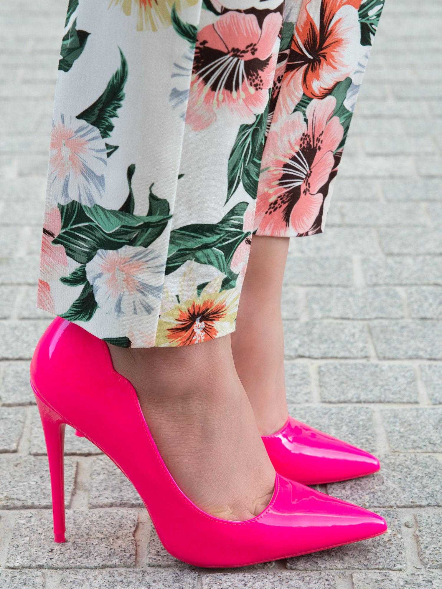 modne buty na obcasie